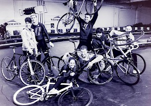 Belt-Drive Fixed-Gear Race Team
